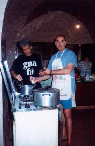 Paolo-e-Giuliano-in-cucina-